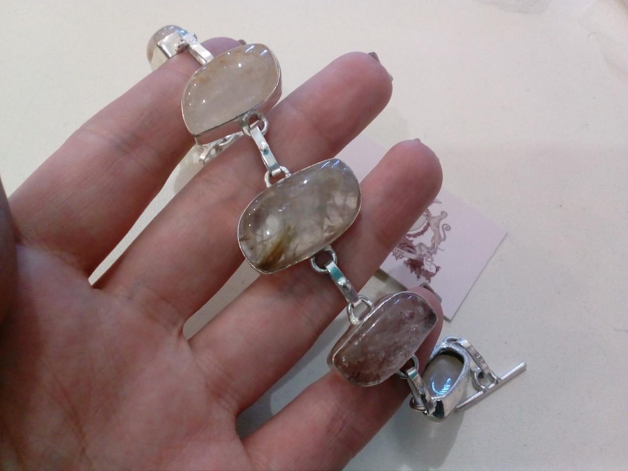 Ніжний браслет - кварц волосиста. Браслет з натуральним каменем рутиловий кварц в сріблі.