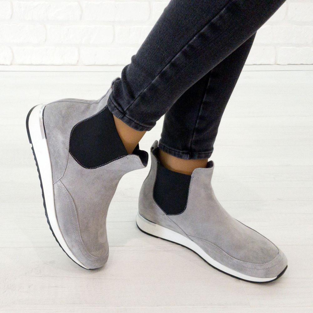 Ботинки из натуральной замши серый