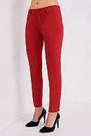 Укороченные женские брюки в красном цвете