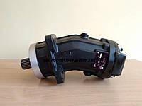 Гидромотор 310.112.01.56 (шпоночный вал, реверс)