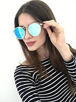 Солнцезащитные очки в металлической оправе