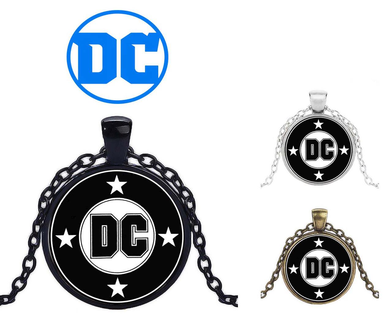 Кулон с изображением логотипа DC Comics