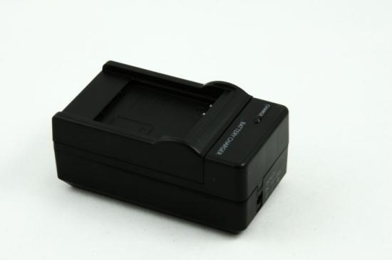 Зарядное устройство BN-VG121 12/230volt COL_BN-VG121 (JVC)