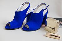 Босоножки на каблуке Christina