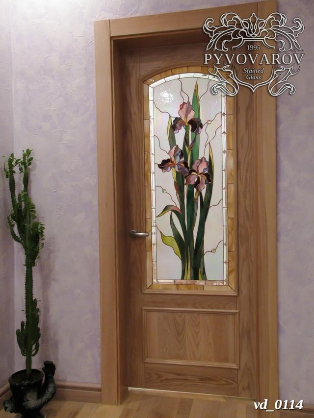 Межкомнатные двери с витражами ирисы Моне