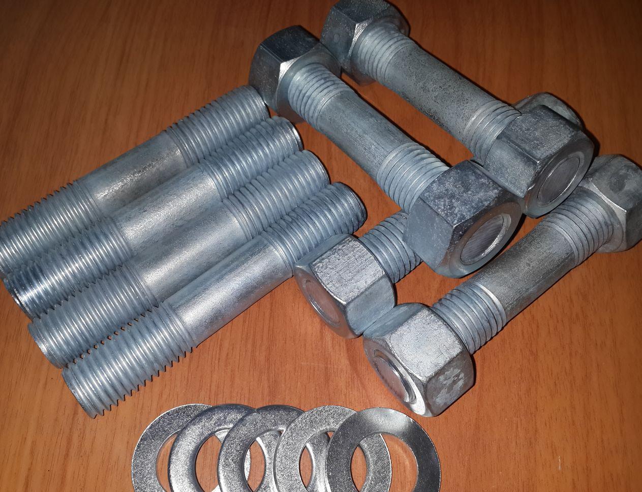 ГОСТ 22042-76 Шпилька М12 для деталей с гладкими отверстиями