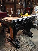 Антикварный шахматный стол с фигурами шахматы
