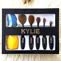 Набор кистей-щеток для макияжа Kylie + спонж