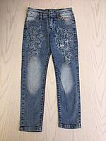 Джинсы для девочки 8-12 лет синего цвета вышитые бабочки оптом