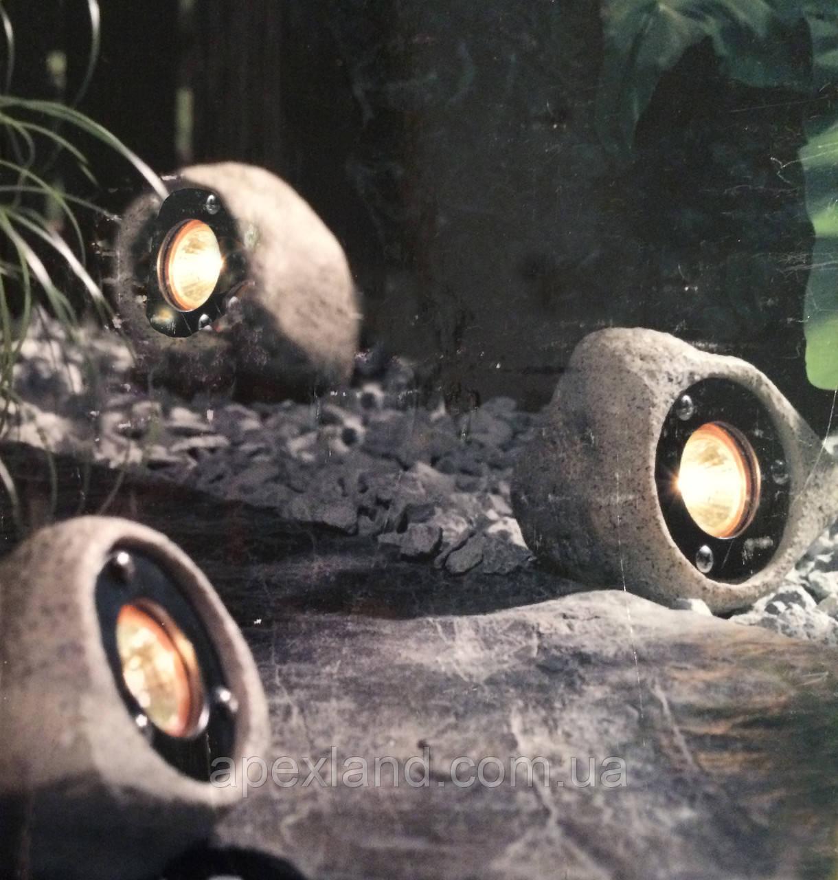 Садовый светильник в виде камней