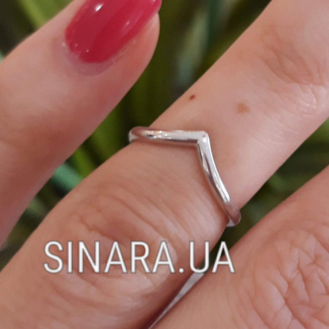 Серебряное кольцо на фалангу