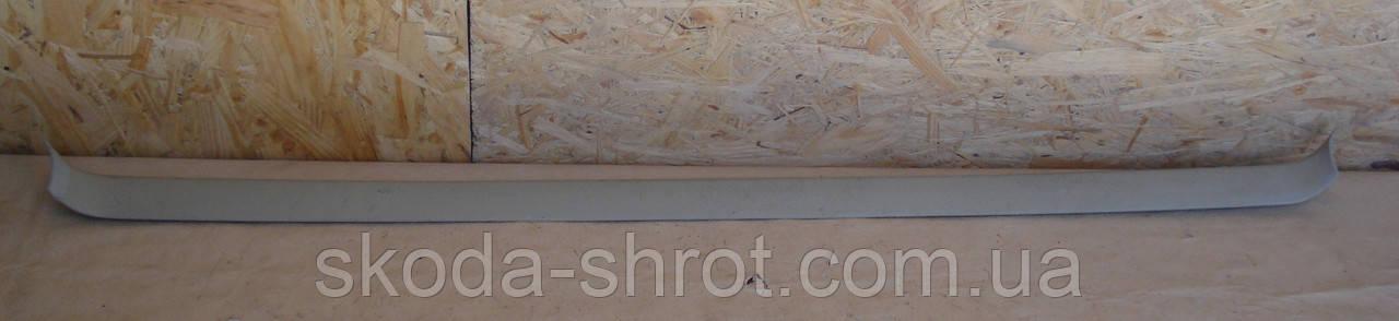 Поперечная задняя облицовка обшивки потолка Пассат Б-3; 333 867 617