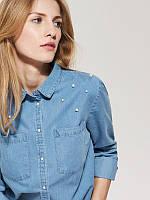 Классическая джинсовая рубашка украшенная жемчужинами