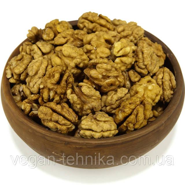 Грецкий орех, ядро грецкого ореха