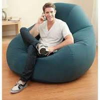 Комфортное надувное кресло Intex
