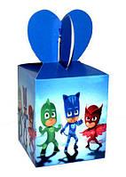 """Коробка детская подарочная картонная в стиле  """" Герои в масках """" 18 см. * 8.5 см."""