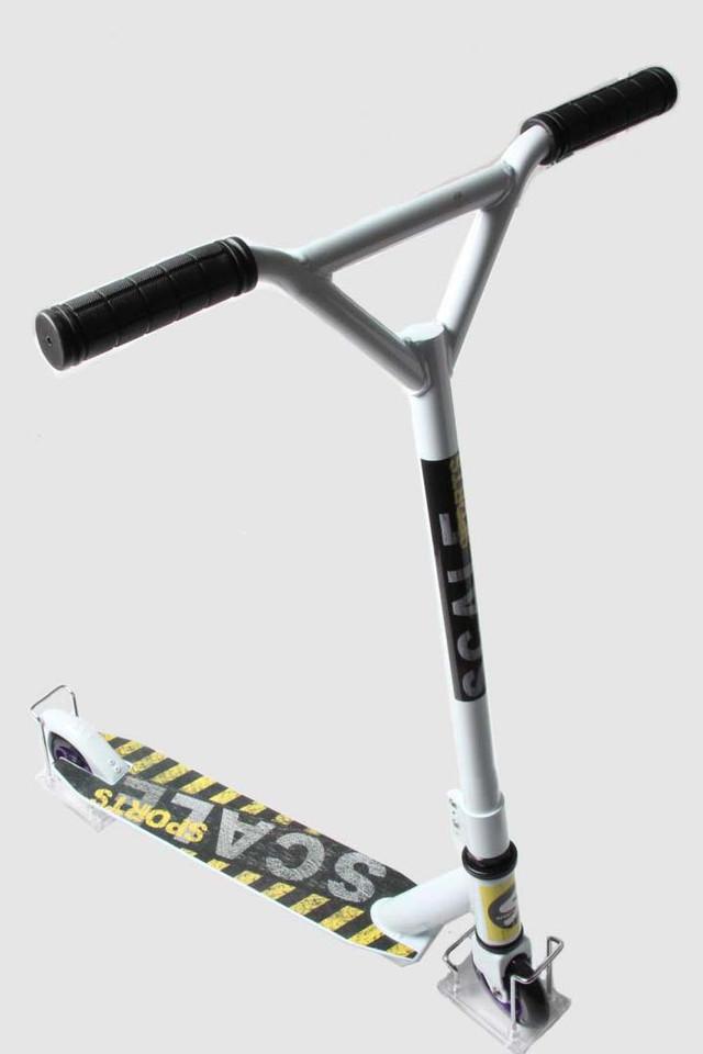 Трюковый самокат Scale Sports Tornado