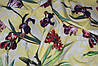 Крупный цветок ирис Ткань супер софт на желтом фоне