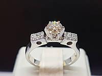 Золотое кольцо с бриллиантами. Артикул 202184