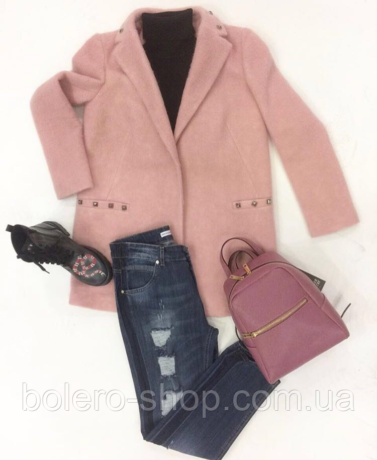 Женское пальто шерсть пудра Rinascimento Италия