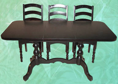Стол раздвижной на 2-х ножках длина 1,5 м ширина 0,75 м