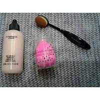 Тональная основа МАС+beauty blender+щетка-кисть