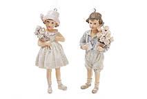 Декоративная статуэтка-подвеска Детки с букетом цветов 11см, 2 вида