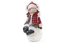 Новогодняя фигура Девочка на снежке 45см в красной куртке