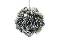 Новогоднее украшение Шар 14см с декором из шишек и ягод, цвет - зеленый