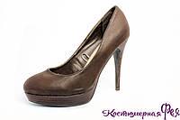 Туфли коричневые на каблуке (артикул № 54)