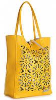 Элитная женская сумка из натуральной кожи, Made in Italy желтого цвета с декоративными вырезами в виде кружева, фото 1