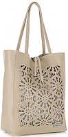 Элитная женская сумка из натуральной кожи,Made in Italy бежевого цвета с декоративными вырезами в виде кружева, фото 1