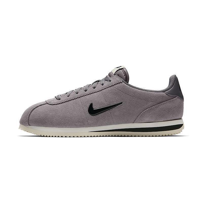 afd1b64d Оригинальные кроссовки Nike Cortez Basic SE, цена 2 599 грн., купить в  Ивано-Франковске — Prom.ua (ID#677412109)