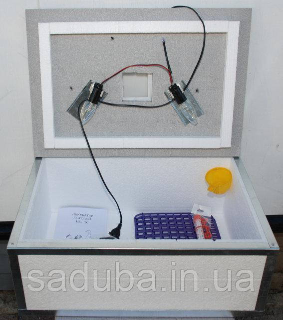 Инкубатор Наседка на 100 яиц с ручным переворотом и аналоговым терморегулятором