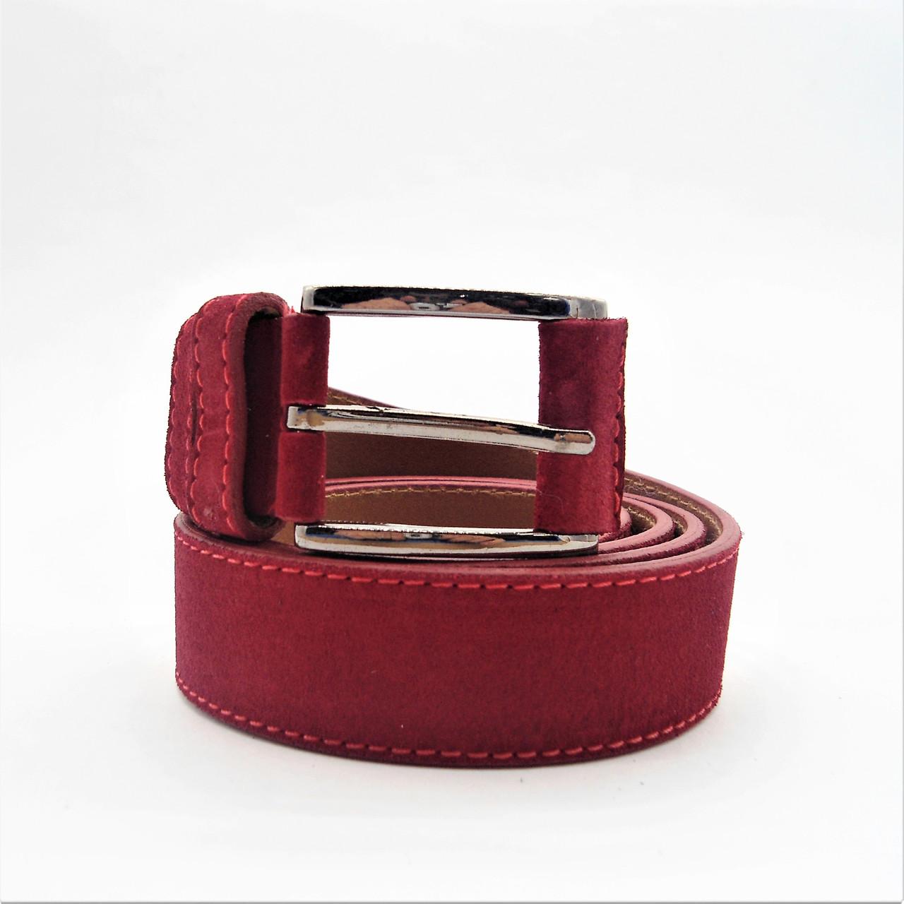 Мужской кожаный замшевый ремень красного цвета под джинсы KKE-808908, фото 1