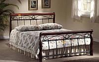 Итальянская кровать с металлическими спинками фирмы Korte Zari