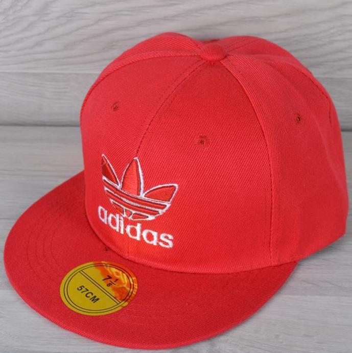 """Реперка взрослая """"Adidas"""". Размер 57-58 см. Красная. Оптом и в розницу."""