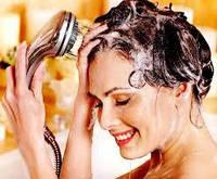 Мыть волосы мылом - хорошая идея?