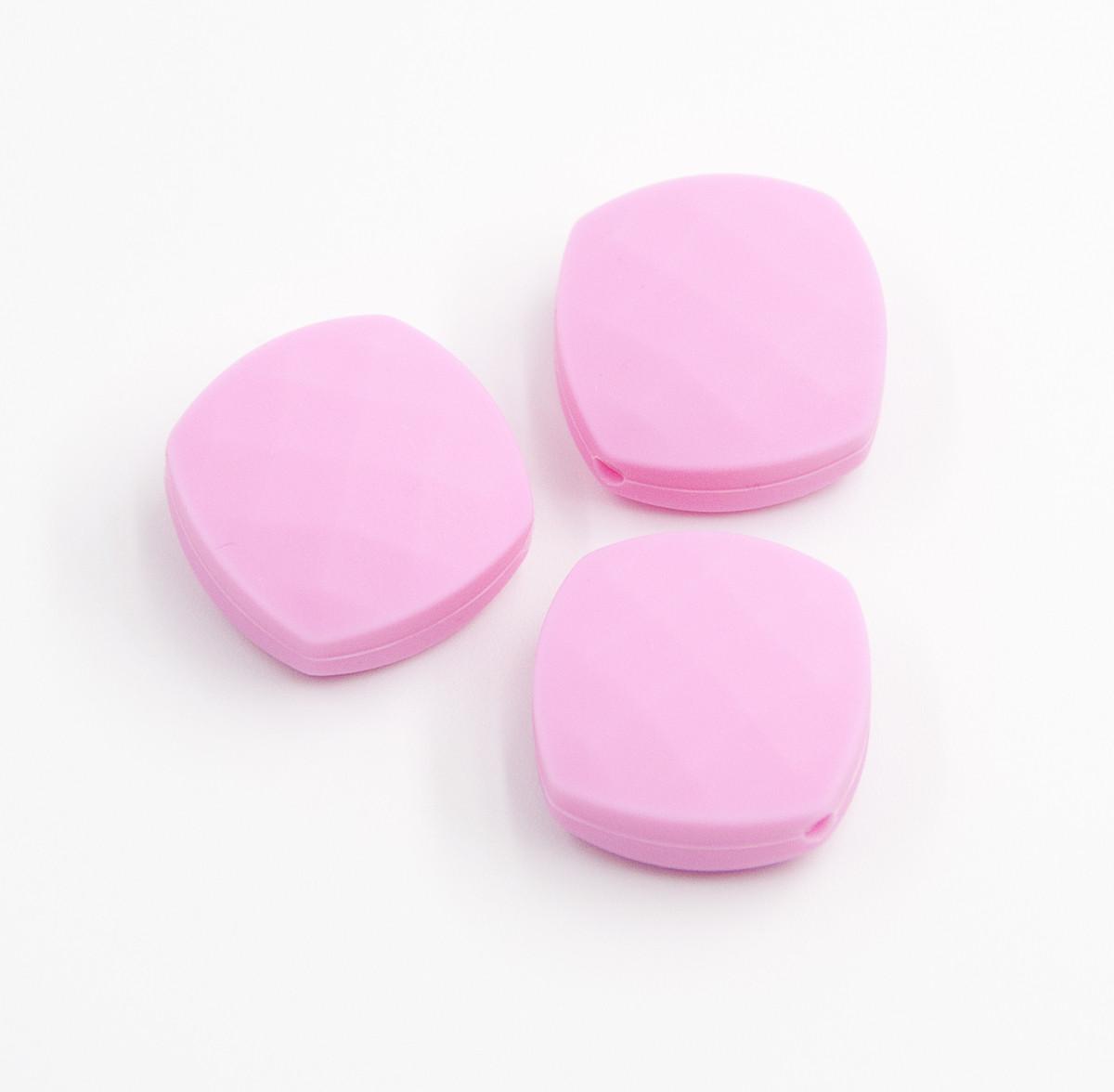 """Силиконовые бусины """"Квадраты плоские"""" розовые 21х21 мм"""