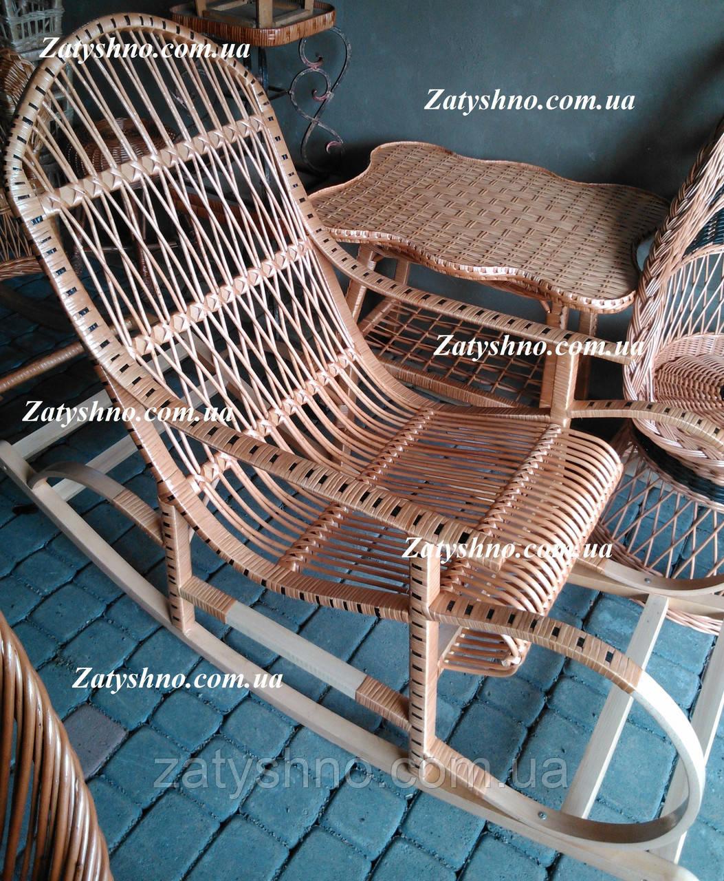 Кресло качалка из лозы плетеная