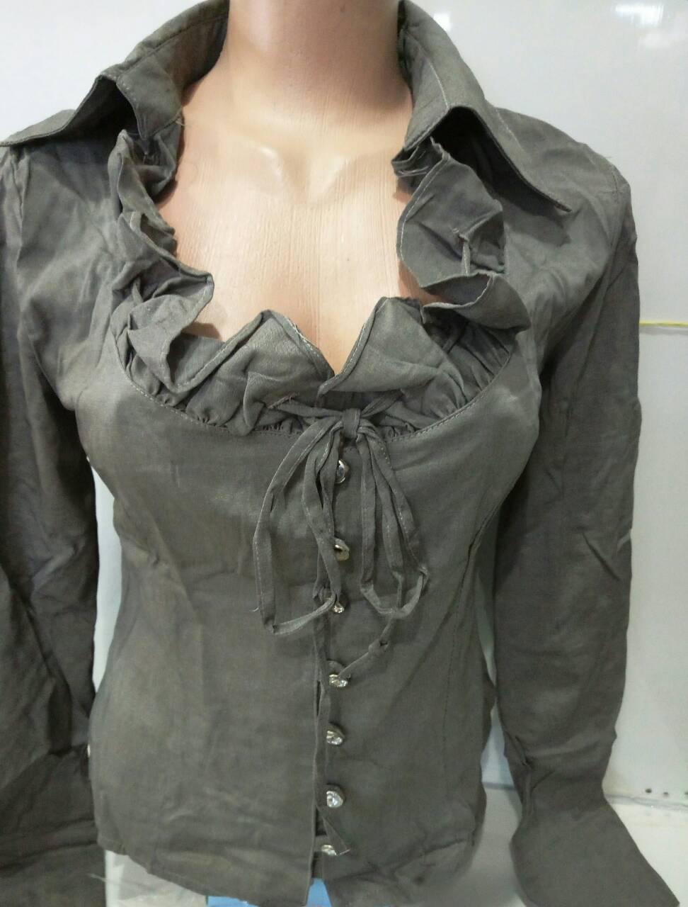 Блузка женская с оригинальным воротником на шнурке