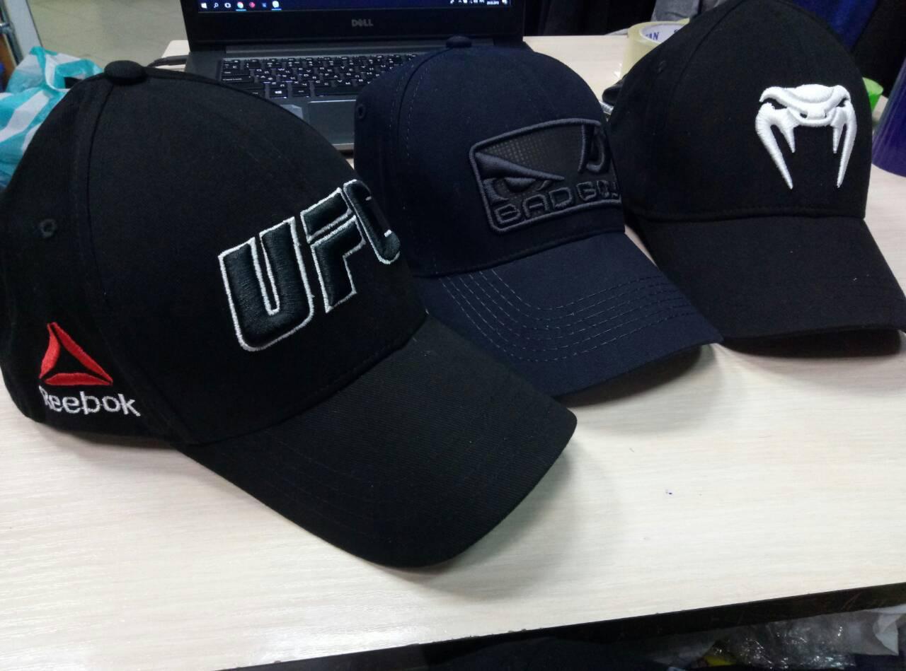 Спортивная мужская кепка Reebok UFC