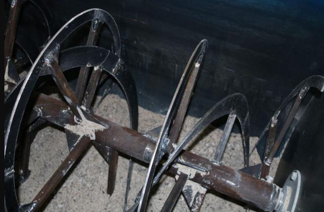 Смесительная установка для производства кормов (премиксов) (фото 4)