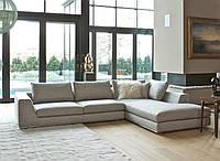 Угловой диван RALPH на хромированной базе фабрика ALBERTA (Италия)