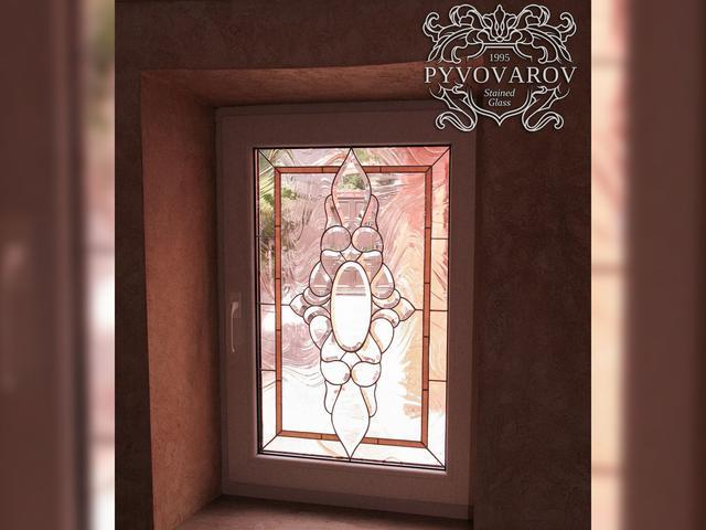 Витражи на окна из прозрачного стекла