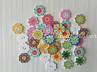 Пуговица деревянная Цветочки 20 мм