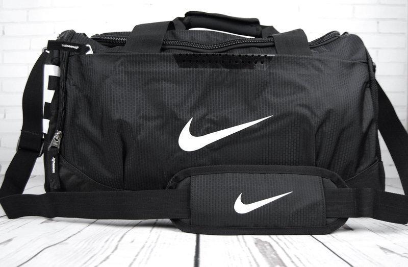 969bd274b05b Спортивная сумка Nike. Дорожная сумка. Сумки Найк. Сумка в спортзал ...