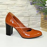 Кожаные женские туфли рыжего цвета на устойчивом высоком каблуке. 39 размер