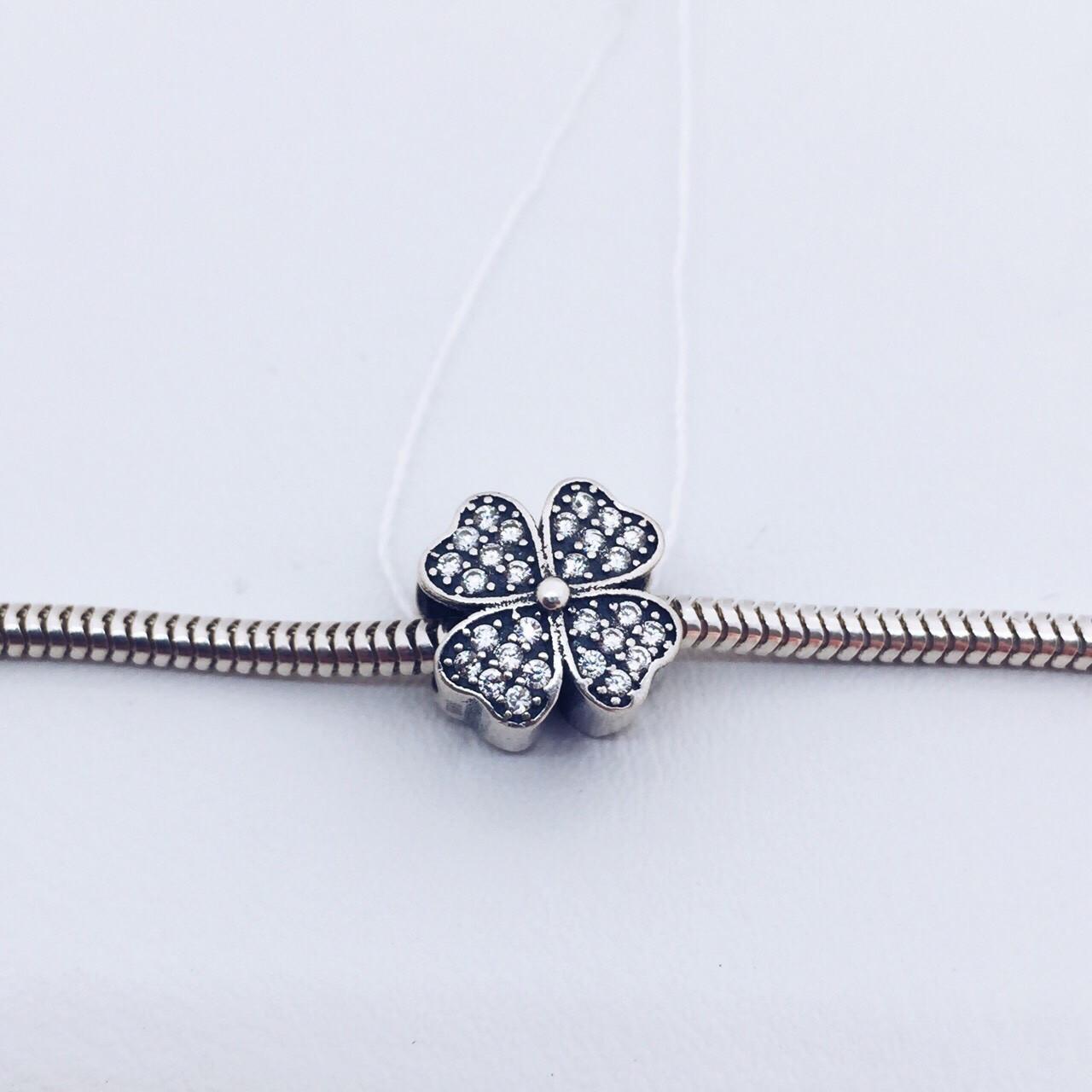 Серебряное украшение Шарм цветок в камнях