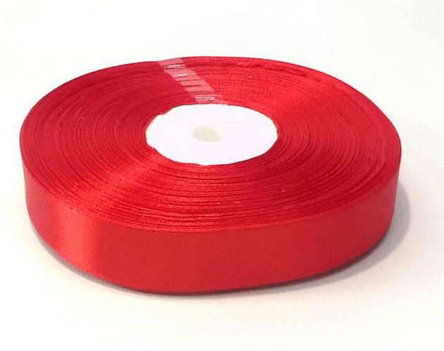 Декоративная  лента атласная 2 см красный 50 ярд.